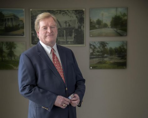 Macon-Bibb County Planning & Zoning Executive Director Jim Thomas plans to retire at the end of the year.
